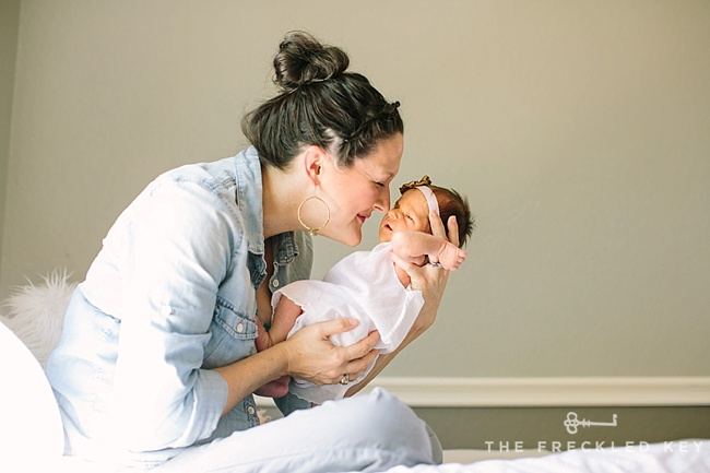 Houston Newborn Photographer_in home newborn photographer_2016.04.03_0017
